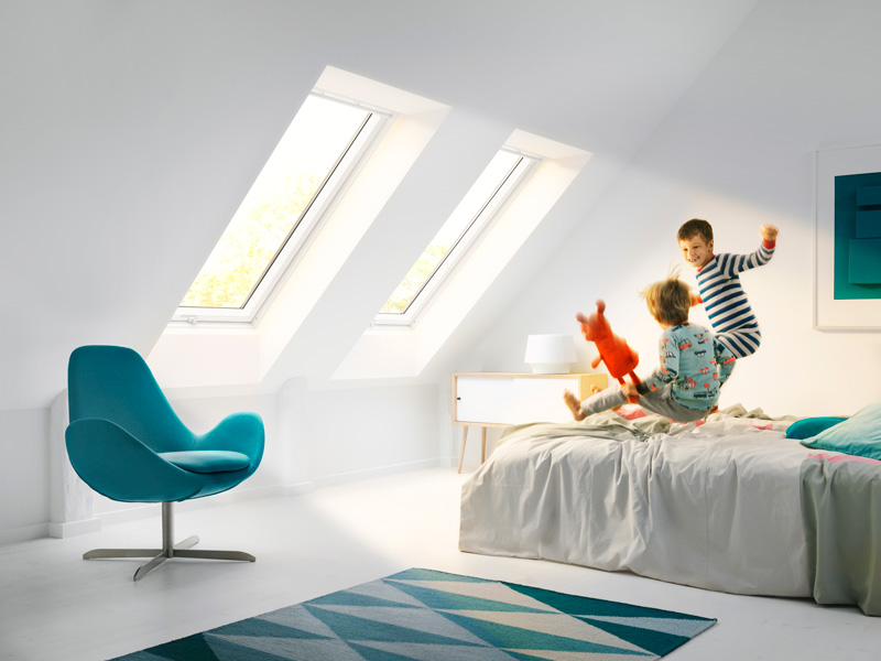 velux-white-painted-bedroom