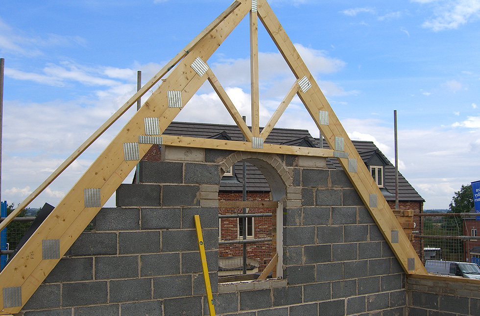 What Are The Types Of Roof Truss And What Are The Uses For