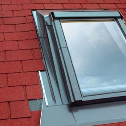 Esa 10 fakro 114cm x 118cm flashing for low pitched roofs Low pitched roof