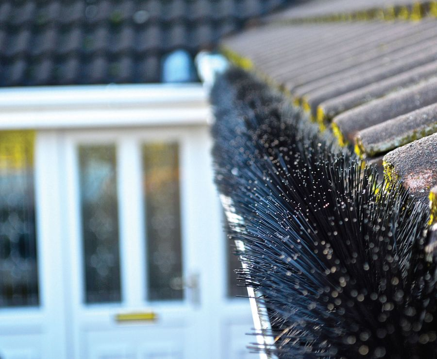 Lindab 3m Length Leafline Gutter Brush Black 125mm