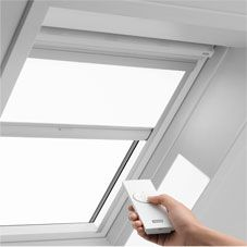 Velux remote controlled solar roof blind rsl m08 1028e for Velux window blinds remote control