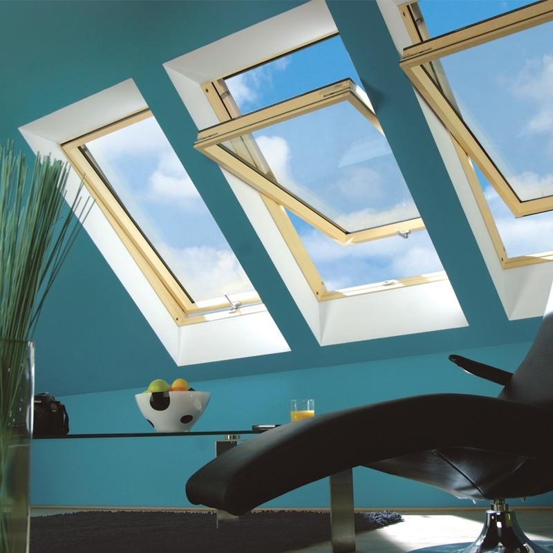 fakro ftp v u3 05 pine centre pivot window toughened okna dachowe fakro sklep internetowy dekodach24 pl