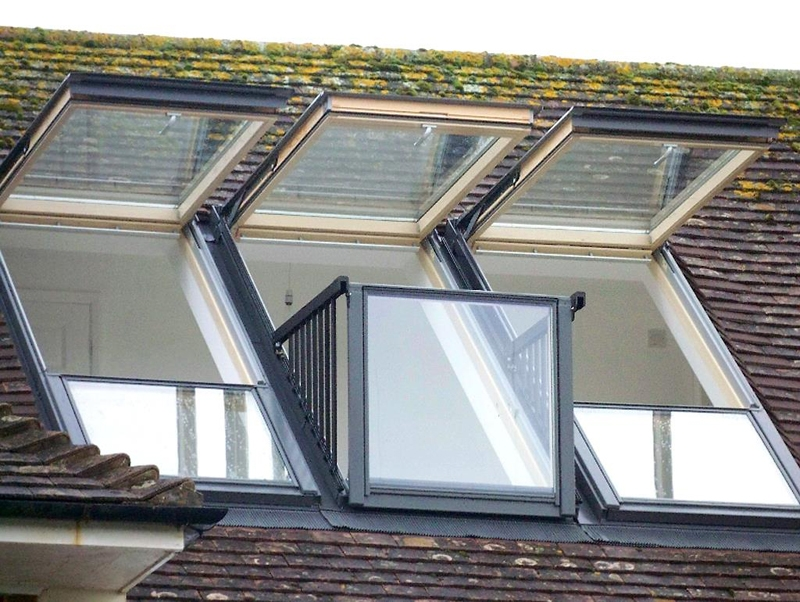 Velux gdl pk19 sk0w321 cabrio balcony system for tiles for Velux customer support